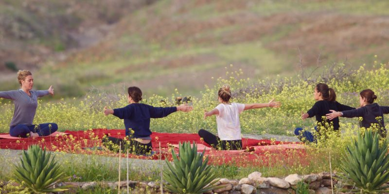 Yoga desert Agafay Maroc