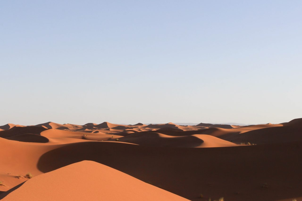 Chegaga_nicolas-bichon-Chegaga_desert_et_kasbah_destination_evasion
